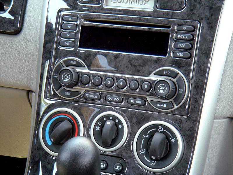 Chevrolet Equinox Dash Kit Photos